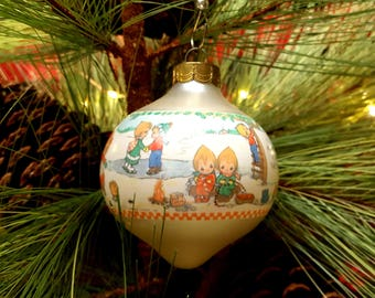 1993 Betsey's Country Christmas Hallmark Keepsake Ornament, Christmas Ball, No. 2 in Series