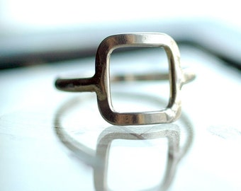 Square Ring, Silver Square Ring, Silver Ring, Thin Silver Ring, Simple Ring, Geometric Ring, Statement Ring,Delicate Ring, Modern ring R4020