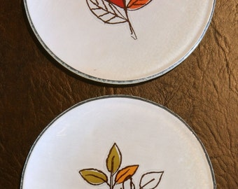 4 sample frosted APPETIZER PLATES