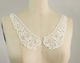 IVORY Venise Floral Peter Pan Lace Collar / Neckline / Edwardian Lace Necklace / Two piece Peterpan Collar