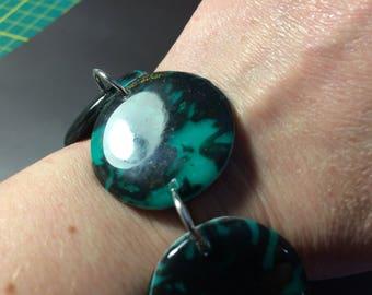 Green-Black lozenge pendant