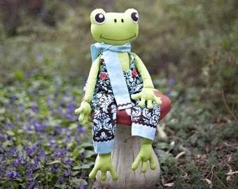 Frog Pattern. Stuffed Frog PDF Sewing Pattern. Fergus the Frog Softie Pattern. Instant Download Digital Pattern