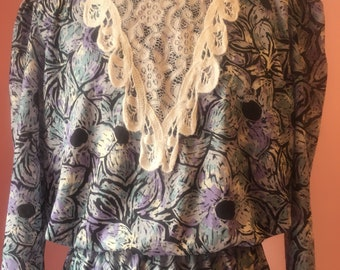 Vintage handmade dress with lace collar