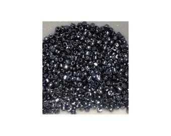 15/0 Hematite Seed Beads 5gm