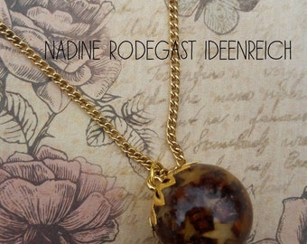Necklace with Ball