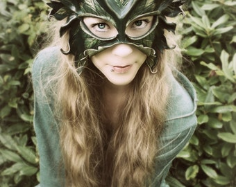 Greenwoman Masquerade Mask - READY TO SHIP - Woodland Dryad, Tree Spirit Costume - Lady Of The Leaves - Sculpted Leather Mask
