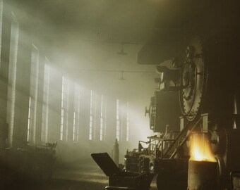 Inside C&NW roundhouse, Proviso Yard, Chicago 1942. Colour photograph by Jack Delano for OWI