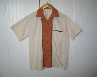 Vintage Shirt  Mens Sportswear / off white -terra cotta orange / 1960s-1970s