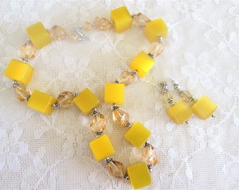 Yellow Lucite Cube Necklace Earrings Chunky Modernist Moonglow Vintage Demi Parure Jewelry Set Gift