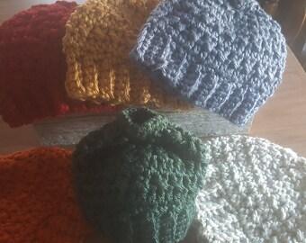 Messy bun / Ponytail hat