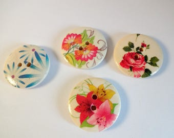 4 large buttons wood flowers - scrapbooking - embellishment - sewing