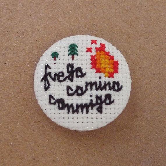Fuego camina conmigo cross stitch 31mm pinback button - Twin Peaks Embroidered brooch