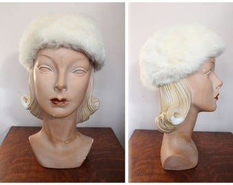 1950s Hat // White Rabbit Fur Hat // vintage 50s winter fur hat