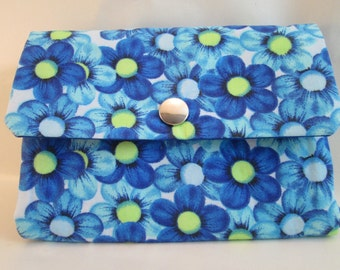 Purse blue flowers
