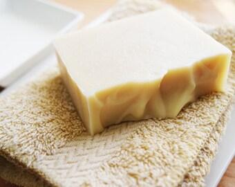 Organic Soap {GOAT MILK} Moisture/Goat milk,Kaolin Clay