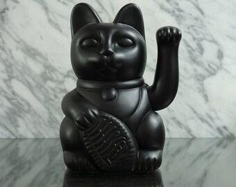 Maneki Neko / Lucky Cat / Waving Cat in 2 Sizes – Matt Black