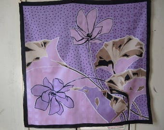 Vintage 1970s scarf abstract floral flowers large print polyester 26 x 27 inches