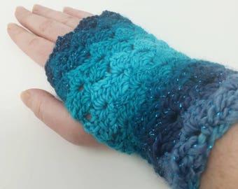Wrist warmers, fingerless mittens, fingerless gloves, crocheted