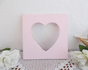 Pink Shabby Chic Heart Picture Frame Up Cycled Vintage Photo Decoration Romantic Cottage French Country Farmhouse Paris Apartment Home Decor