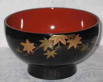 Vintage Japanese Lacquered and Gold Embossed Snack Server Bowl