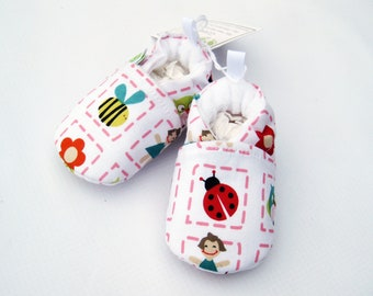 SALE XS Classic Ladybug and Bee Vegan All Fabric Soft Sole Baby Shoes / Ready to Ship / Babies Birds