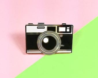 Camera pin Olympus 35-SP hard silver plating 3cm cute kawaii vintage camera black and white antique lapel pin brooch badge flair collar pin