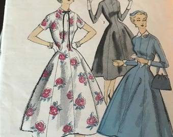 RARE Vintage 1950's Fit and Flare Dress Pattern---Advance 6729---Size 10  Bust 28  UNCUT