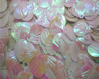 White Sea Shell Sequins-12x14mm-100 PCS