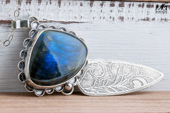 Peacock Feather Necklace with Blue Labradorite Gemstone in Sterling Silver