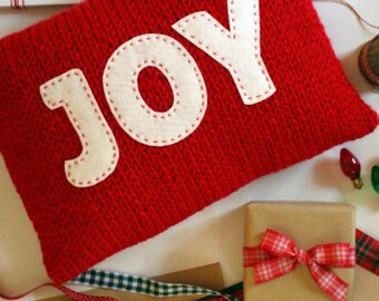 Christmas KNITTING PATTERN / Pillow / Joy / Believe / Cushion / Quick Knit / Super Bulky Yarn / PDF instant download / Felt Applique