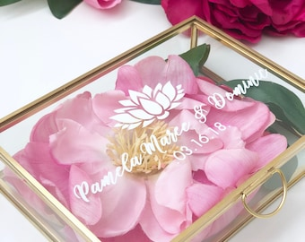 Personalized Glass Box Customized Jewelry Box / Bridesmaid Gift / Personalized Gift / Baby keepsake box / Gift for her / Custom Quote