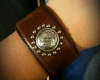 Repurposed leather belt bracelet