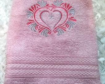 Coeur brodé serviette, serviette à la main, cadeau pour maman