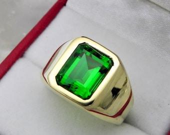 AAAA Chatham Emerald 10x8mm  3.05 Carats   Heavy 14K Yellow gold Emerald cut Mans ring 15-16 grams 1733