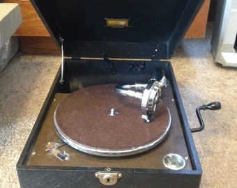 His Masters Voice Antique Phonograph , Record Player , Gramaphone . Rare