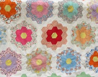Vintage Quilt Top Grandma's Flower Garden