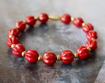 Red and Gold Bracelet, Stretch Bracelet, Red Glass Beads, Summer Bracelet, Red Glass Jewellery, Gift for Her