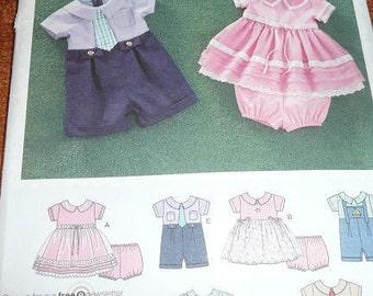 Simplicity 2264 Babies Romper, Dress And Panties Uncut Sewing Pattern