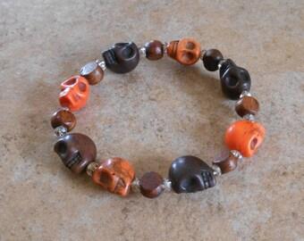 Crystal Skull Howlite & Wood Bracelet