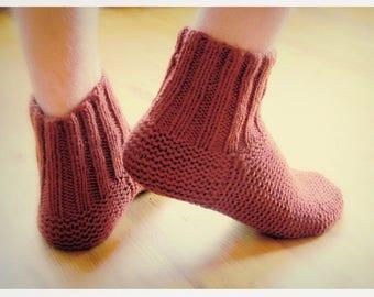 Men slipper socks. Men socks. Hand knit wool slipper socks. Wool socks. Bed socks. House socks. Indoor socks. Birthday present.