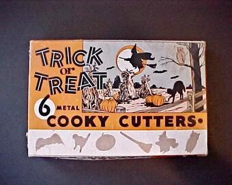 Drling Vintage 1950's Halloween Cookie Cutters in Original Box