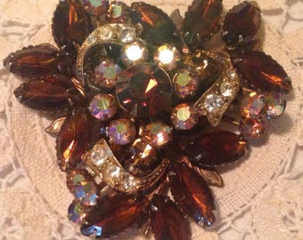 Beautiful Brown Vintage Brooch