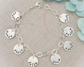 Personalized Charm Bracelet for Mom Grandma, Mommy Charm Bracelet, Grandmom Charm Bracelet, Mother's Day Gifts, Hand Stamped Personalized