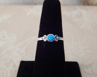Vintage Sterling Ring Turquoise Center