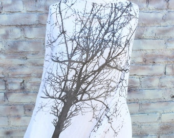 Fashion   scarf   with tree  print white and black color