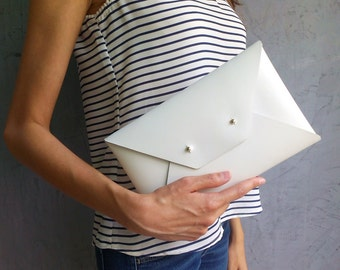 Off white leather clutch bag / Envelope clutch / Leather bag available with wristlet / Genuine leather / Wedding clutch / Bridesmaids clutch
