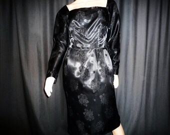 """WIGGLE Out Of This One - Vintage 50's - Black - Floral - Brocade - Damask - Shift - WIGGLE - Dress - 36"""" bust"""