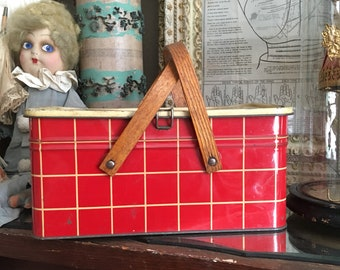 A Tisket A Tasket Its A Vintage Red Plaid Salerno Picnic Basket