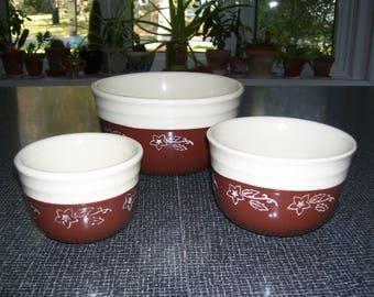 Oxford Stoneware Bowls Set of 3 Vintage