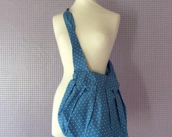 Vintage blue & white heart shoulder bag